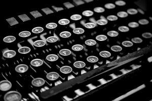 Using the photo of an old fashioned typewriter to explain about press releases